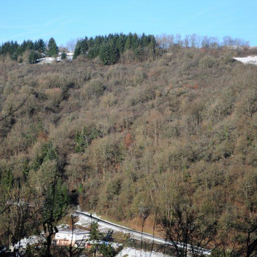 Die Fluren 'Im Doßborn', 'Im Platterberg' und 'Im Stein' oberhalb Laurenburg